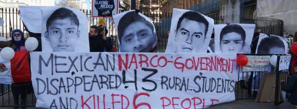 Protestas reciben a Enrique Peña Nieto en Londres